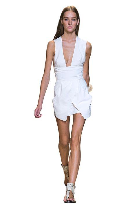Skin, Sleeve, Human leg, Shoulder, Dress, Joint, White, One-piece garment, Elbow, Style,