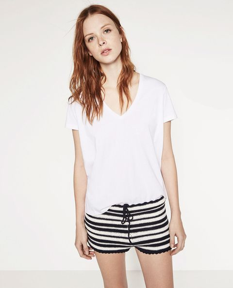 Product, Skin, Sleeve, Shoulder, Standing, Joint, White, Elbow, Style, Waist,