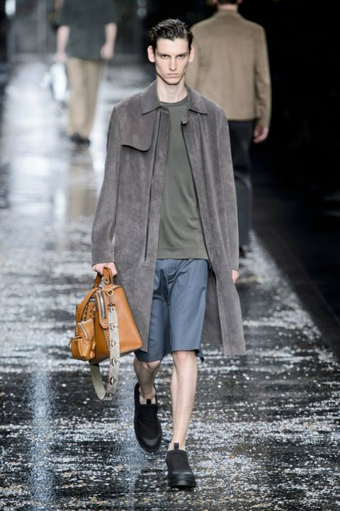 Brown, Coat, Textile, Outerwear, Standing, Winter, Fashion show, Street fashion, Style, Bag,