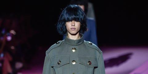 Sleeve, Style, Purple, Fashion, Fashion model, Black hair, Costume design, Bag, Fashion design, Overcoat,
