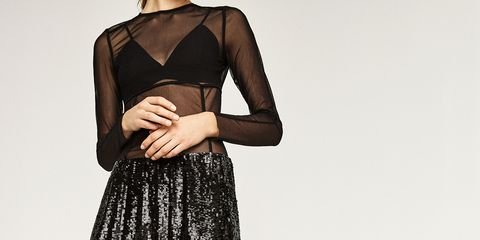 Shoulder, Human leg, Textile, Joint, Waist, Style, Fashion, Knee, Pattern, Neck,