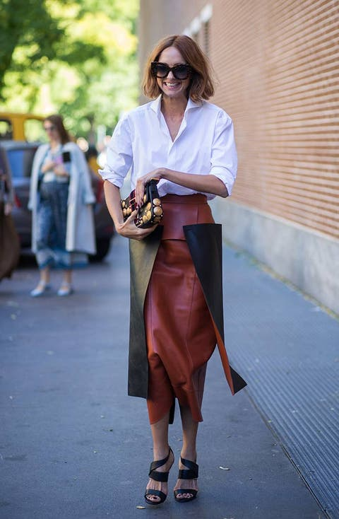Eyewear, Glasses, Vision care, Sunglasses, Human leg, Bag, Style, Goggles, Street fashion, Fashion,