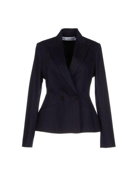 Clothing, Coat, Collar, Sleeve, Textile, Outerwear, Formal wear, Blazer, Uniform, Fashion,