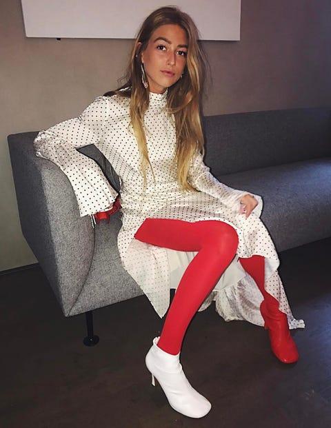 Clothing, White, Leg, Fashion, Beauty, Footwear, Tights, Sitting, Thigh, Outerwear,