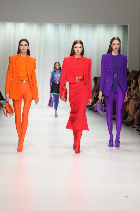Fashion model, Fashion, Runway, Fashion show, Clothing, Fashion design, Shoulder, Event, Haute couture, Fun,