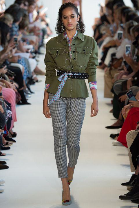 Fashion model, Fashion show, Runway, Fashion, Clothing, Jeans, Fashion design, Denim, Waist, Event,