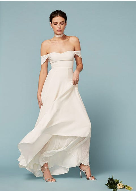 Clothing, Skin, Sleeve, Shoulder, Joint, Dress, Formal wear, Elbow, Style, Gown,