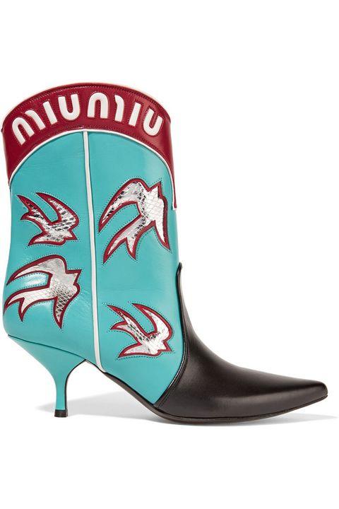 Vuelven las botas  cowboy  (y así se llevan) e7b3ab3790860