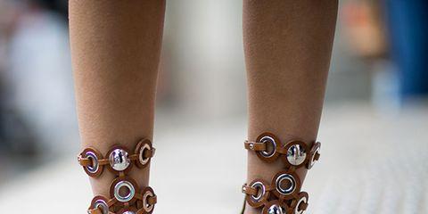 Brown, Toe, Joint, Nail, Pattern, Style, Organ, Tan, Foot, Fashion,