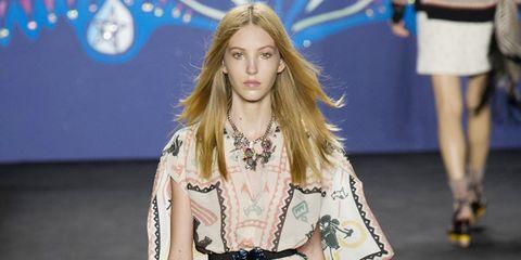 Clothing, Human, Leg, Sleeve, Shoulder, Human leg, Fashion show, Joint, Style, Fashion model,