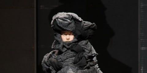 Clothing, Sleeve, Human leg, Textile, Joint, Style, Fashion model, Knee, Dress, Fashion,