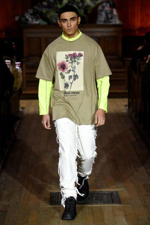 Sleeve, Shoe, Outerwear, Floor, Style, T-shirt, Flooring, Fashion, Street fashion, Cool,