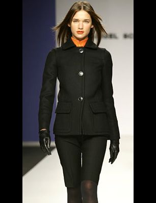 Collar, Sleeve, Shoulder, Photograph, Standing, Joint, Outerwear, Style, Formal wear, Blazer,