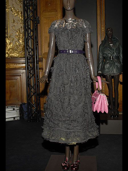 Clothing, Dress, Mannequin, One-piece garment, Fashion, Costume design, Fashion design, Day dress, Visual arts, High heels,