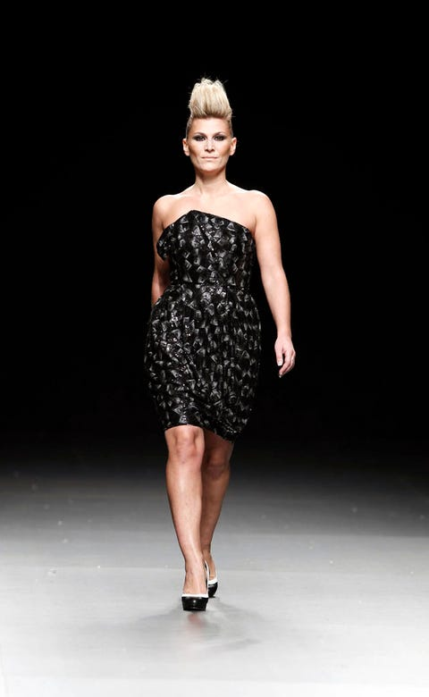 Clothing, Dress, Human leg, Shoulder, Shoe, Joint, One-piece garment, Standing, Waist, Style,