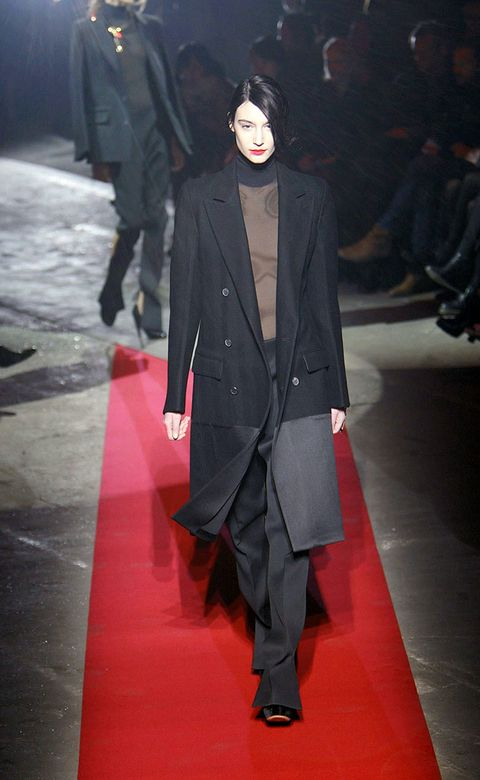 Coat, Outerwear, Collar, Formal wear, Suit, Style, Flooring, Carpet, Blazer, Fashion,