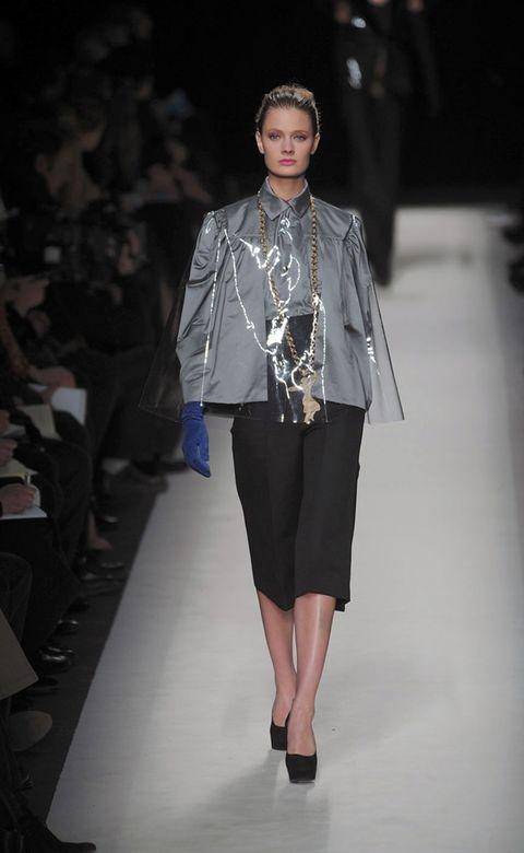 Clothing, Fashion show, Shoulder, Runway, Outerwear, Fashion model, Style, Street fashion, Fashion accessory, Fashion,