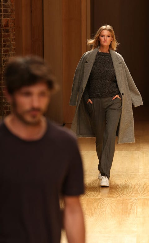 Sleeve, Outerwear, Coat, Fashion show, Fashion, Blazer, Street fashion, Pantsuit, Waist, Runway,