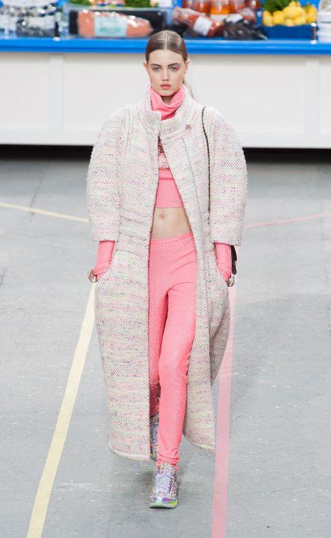 Fashion show, Textile, Outerwear, Runway, Style, Pink, Street fashion, Winter, Fashion model, Fashion,
