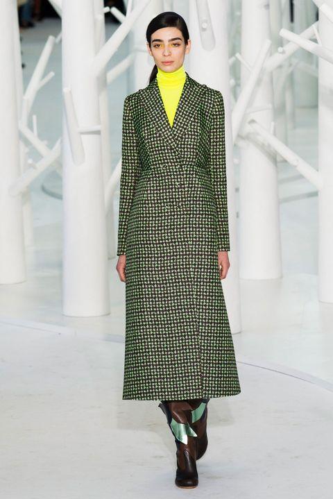 Sleeve, Green, Textile, Style, Pattern, Street fashion, Fashion, Fashion model, Teal, One-piece garment,