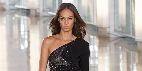 Sleeve, Dress, Shoulder, Joint, Waist, One-piece garment, Fashion model, Day dress, Cocktail dress, Beauty,