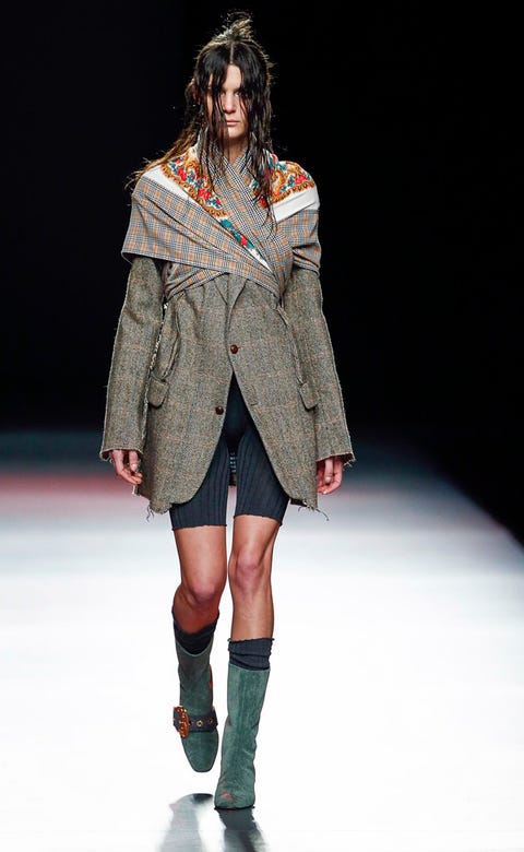 Clothing, Sleeve, Fashion show, Joint, Outerwear, Human leg, Winter, Runway, Fashion model, Style,