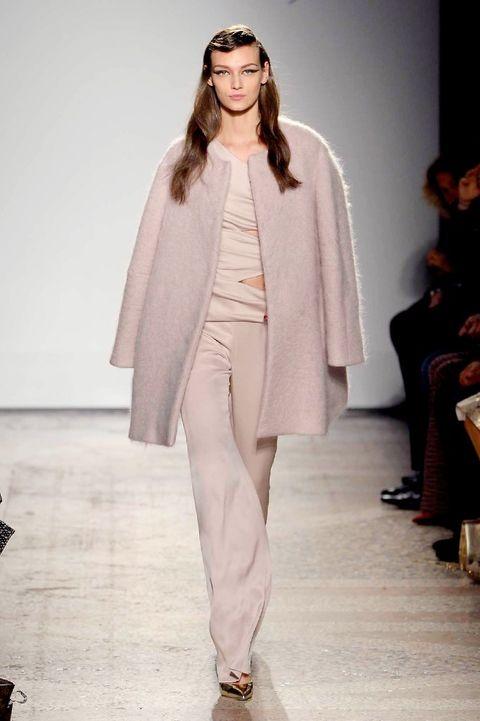 Footwear, Fashion show, Shoulder, Runway, Outerwear, Style, Fashion model, Fashion, Street fashion, Model,