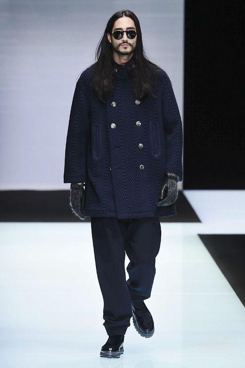 Clothing, Eyewear, Fashion show, Shoulder, Jacket, Outerwear, Winter, Style, Runway, Fashion model,