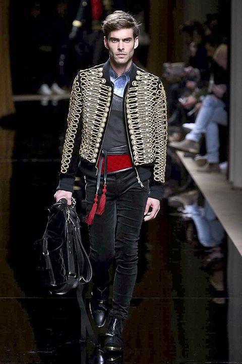 Clothing, Trousers, Textile, Outerwear, Bag, Style, Jacket, Denim, Street fashion, Fashion accessory,