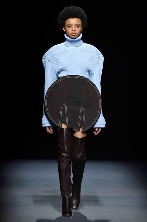 Brown, Sleeve, Textile, Fashion, Knee, Boot, Fashion model, Street fashion, Leather, Fashion design,