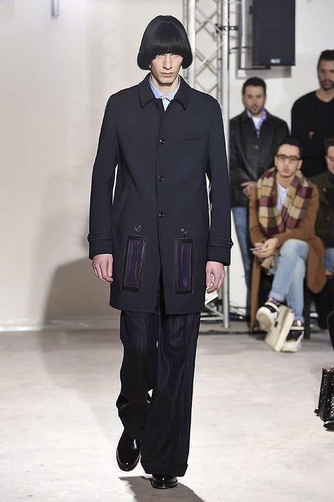 Sleeve, Trousers, Collar, Outerwear, Coat, Standing, Formal wear, Style, Dress shirt, Blazer,