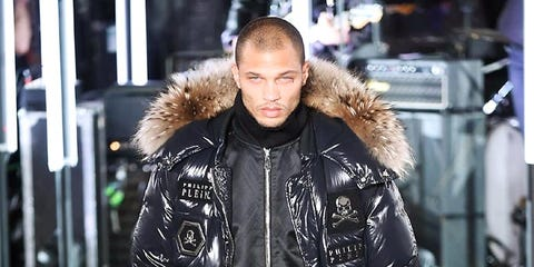 Jacket, Textile, Winter, Outerwear, Style, Street fashion, Natural material, Fur clothing, Fashion, Leather,
