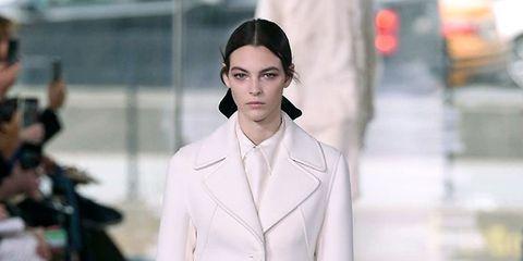 Sleeve, Fashion show, Shoulder, Runway, Outerwear, Style, Fashion model, Street fashion, Fashion, Model,