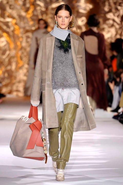 Fashion model, Fashion show, Fashion, Runway, Clothing, Outerwear, Event, Public event, Haute couture, Human,