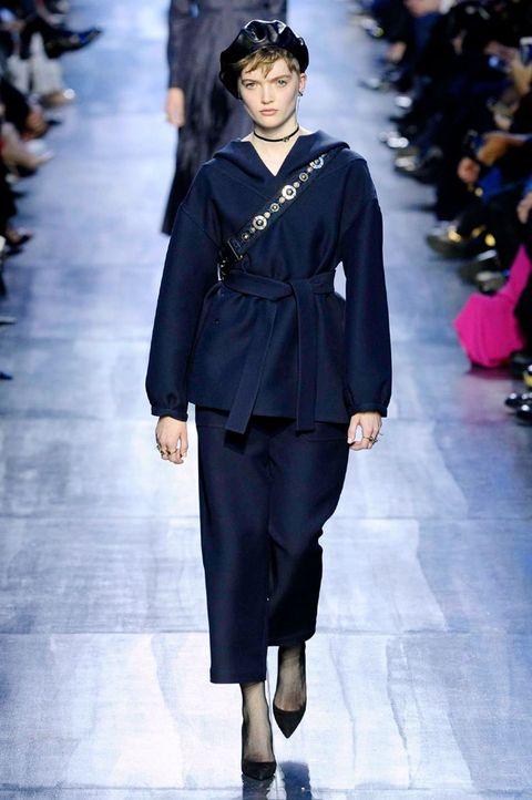 Fashion model, Fashion, Fashion show, Runway, Clothing, Blue, Cobalt blue, Haute couture, Electric blue, Human,