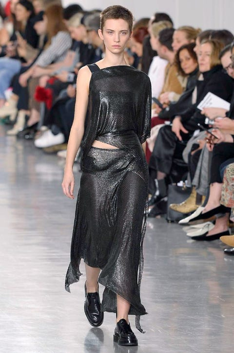 Fashion model, Fashion, Runway, Fashion show, Event, Haute couture, Dress, Shoulder, Fashion design, Footwear,