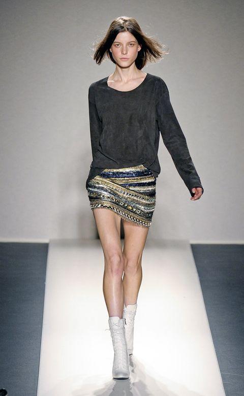Clothing, Human, Leg, Human leg, Sleeve, Shoulder, Fashion show, Textile, Joint, Fashion model,