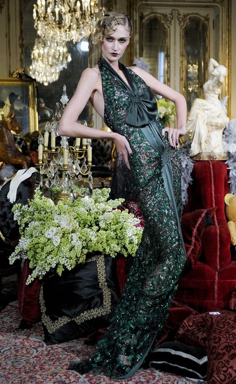 Flowerpot, Dress, Style, Fashion, Interior design, Fashion model, Gown, Haute couture, Model, Embellishment,