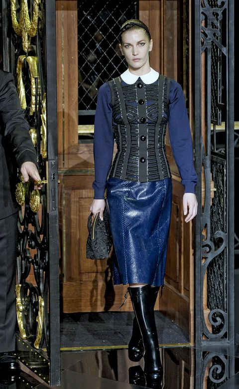 Textile, Outerwear, Standing, Style, Fashion, Street fashion, Riding boot, Electric blue, Cobalt blue, Leather,