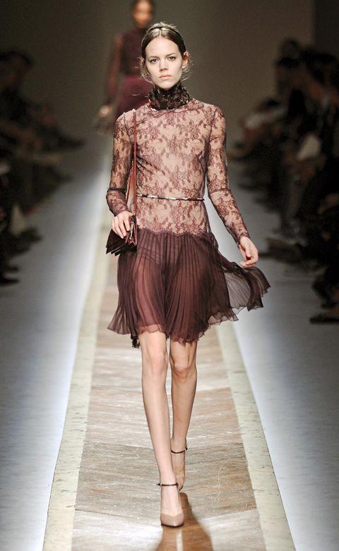 Clothing, Brown, Fashion show, Shoulder, Textile, Joint, Human leg, Runway, Outerwear, Fashion model,