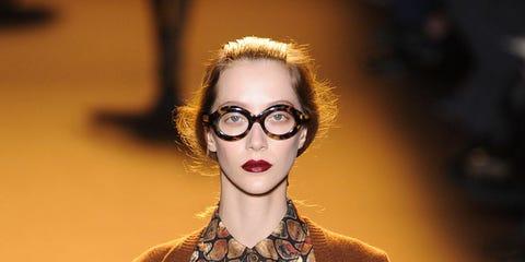 Glasses, Fashion show, Outerwear, Style, Street fashion, Fashion model, Lipstick, Runway, Fashion, Pattern,