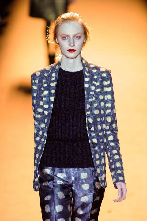 Denim, Outerwear, Style, Fashion show, Winter, Street fashion, Fashion, Earrings, Fashion model, Eyelash,