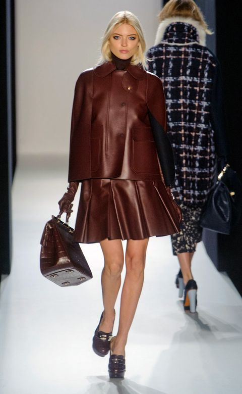 Clothing, Leg, Brown, Sleeve, Human leg, Shoulder, Textile, Joint, Outerwear, Fashion model,