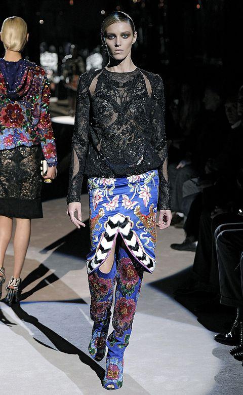 Clothing, Footwear, Leg, Outerwear, Style, Fashion show, Street fashion, Pattern, Fashion, Runway,