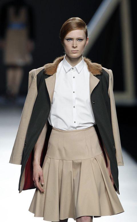 Clothing, Sleeve, Collar, Outerwear, Fashion show, Style, Formal wear, Fashion model, Uniform, Fashion,