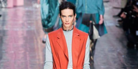 Sleeve, Textile, Outerwear, Collar, Coat, Bag, Style, Street fashion, Blazer, Fashion show,