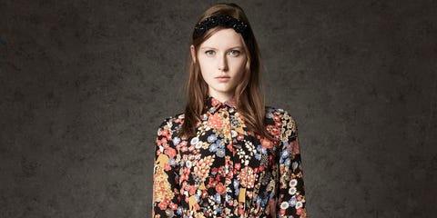 Clothing, Sleeve, Shoulder, Joint, Style, Street fashion, Fashion accessory, Pattern, Fashion, Bag,