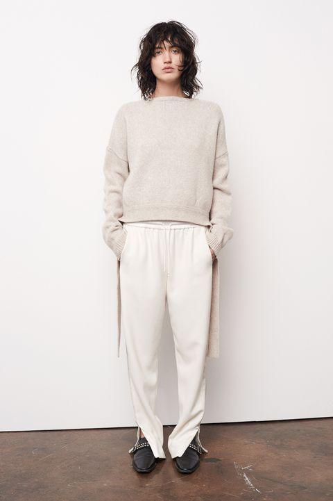 Sleeve, Shoulder, Shoe, Standing, White, Style, Fashion, Grey, Waist, Street fashion,