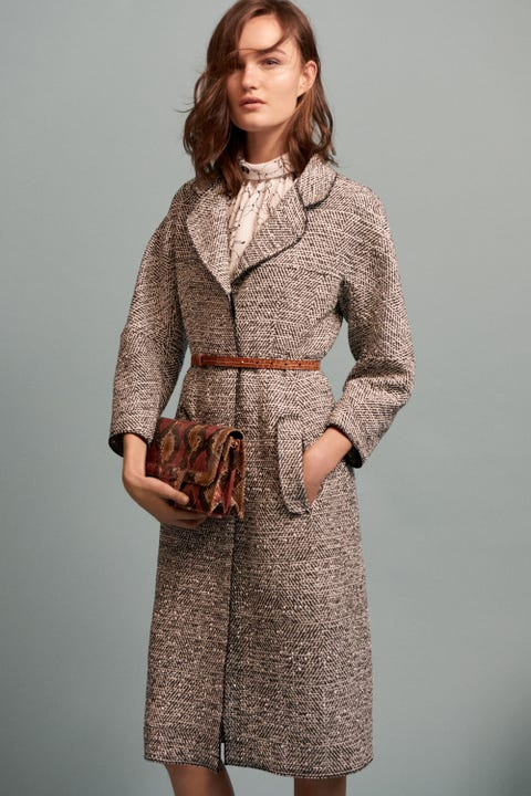 Clothing, Collar, Sleeve, Shoulder, Dress, Textile, Joint, Standing, Style, Coat,