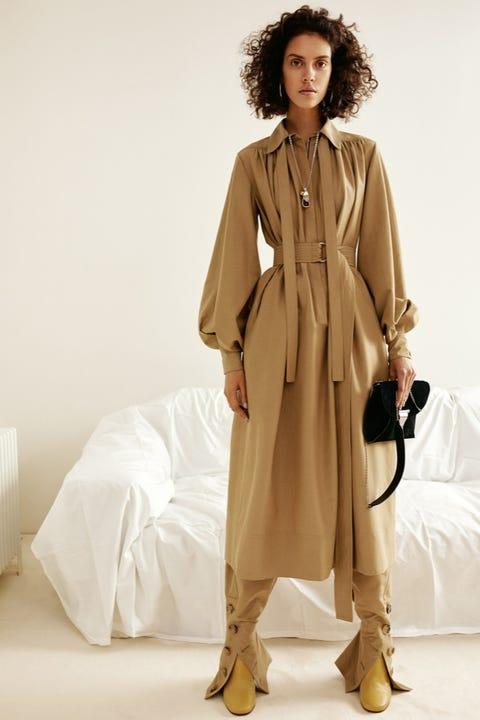 Brown, Sleeve, Coat, Textile, Outerwear, Style, Khaki, Jheri curl, Fashion model, Fashion,